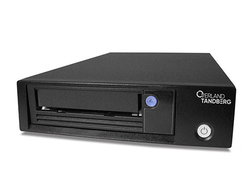 写真はタンベルグデータ製LTO-8ドライブです